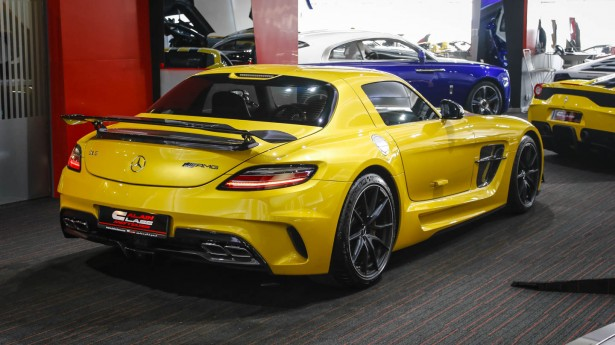 Mercedes-Benz SLS AMG - carbon fiber Black Series rear wing
